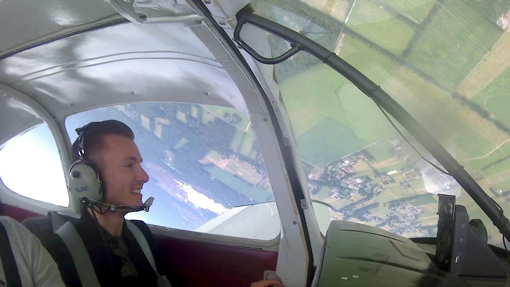 Aerobatics flying lesson
